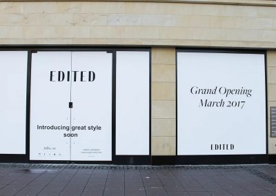 edited-grand-opening-schaufenster