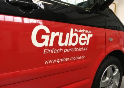 Folienpartner-Fahrzeugbeschriftung-Autowerbung-Folie