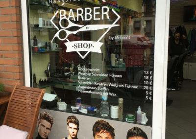 Schaufensterbeschriftung-Frankfurt-Barbershop