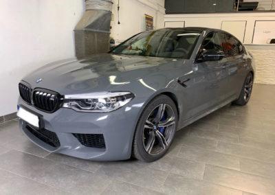 BMW-M5-Hellgrau