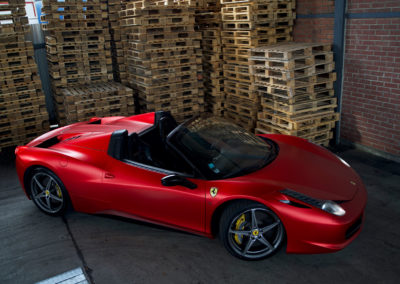 Ferrari-458-Spyder-Red-Chrom