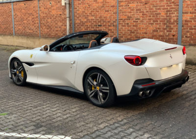 Ferrari-Portofino-Diamond-White-2