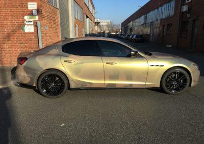 Maserati-Camouflage-Gold-Pearl-Satin-Matt-2