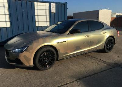 Maserati-Camouflage-Gold-Pearl-Satin-Matt-3